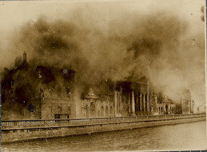 Conflagration of the Four Courts during the Civil War, 30 June 1922